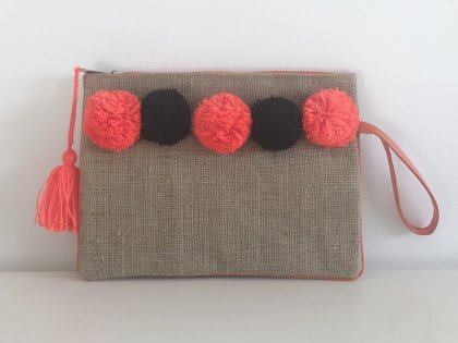 Pochette à pompons orange et noir GM